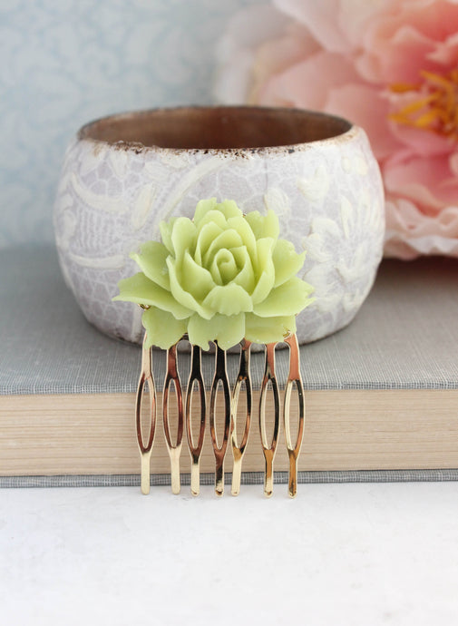 Lime Green Rose Comb - C2007 NEW
