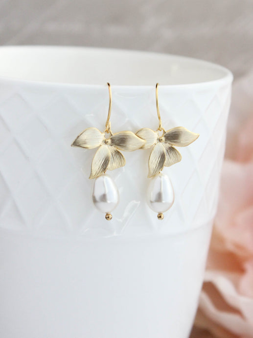 Orchid Pearl Earrings - Short
