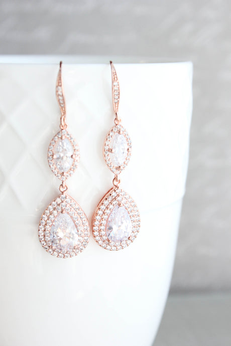 Rose Gold Sparkly Bridal Earrings NEW