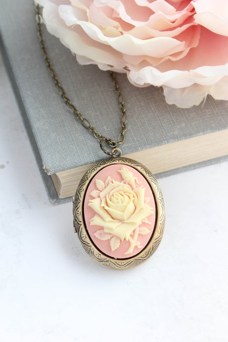 Big Cameo Locket - Pink and Cream