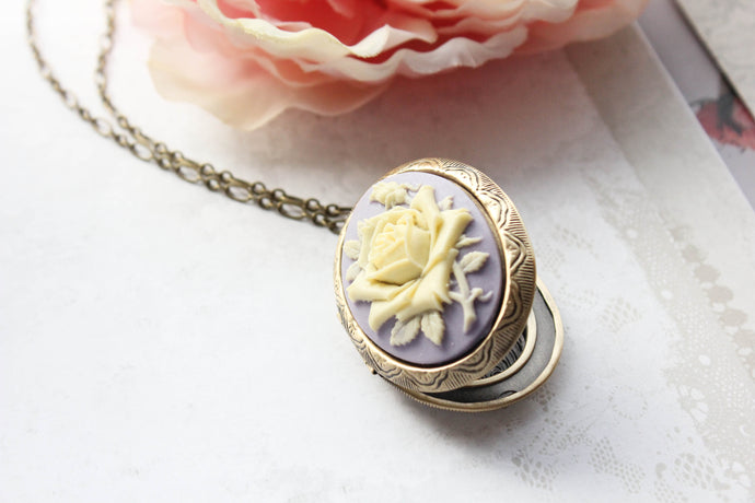 Big Cameo Locket - Purple