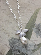Load image into Gallery viewer, Bridemaids Jewelry - Orchid Pendant