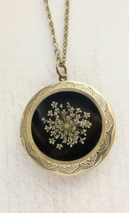 Queen Annes Lace Locket