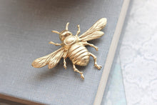 Load image into Gallery viewer, Bee Brooch - Raw Gold Brass