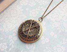 Load image into Gallery viewer, Best Friend Locket - Crossed Arrows