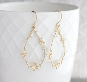 Twig and Flower Earrings - Matte Gold