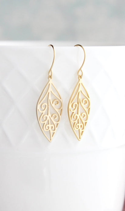Filigree Leaf Earrings - Gold