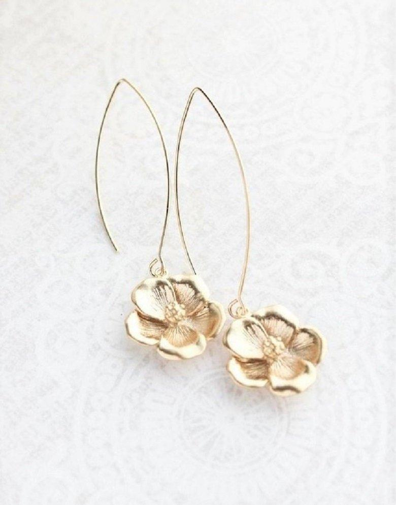 Dogwood Flower Earrings - Gold
