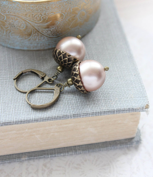 Pearl Acorn Earrings - Almond Blush