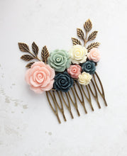 Load image into Gallery viewer, Floral Bridal Comb - C1045