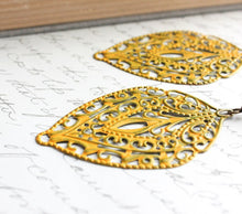 Load image into Gallery viewer, Yellow Filigree Earrings