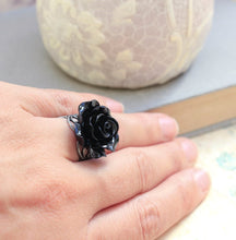 Load image into Gallery viewer, Black Rose Ring