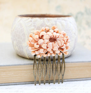 Peach Chrysanthemum Comb - C1079