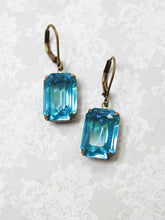 Load image into Gallery viewer, Vintage Glass Earrings - Aqua Blue Jewel