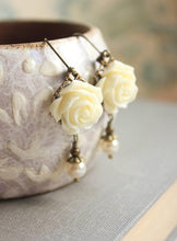 Load image into Gallery viewer, Ivory Cream Rose Earring