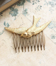 Load image into Gallery viewer, Bird Comb - White Patina