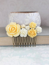 Load image into Gallery viewer, Yellow Rose Comb - C1050