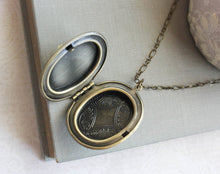 Load image into Gallery viewer, Big Cameo Locket - Light Green