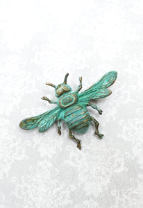 Bee Brooch - Raw Gold Brass