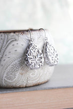 Load image into Gallery viewer, Silver Teardrop Filigree Earrings