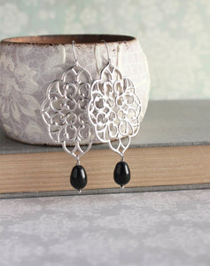 Silver Filigree Earrings - Black Pearl