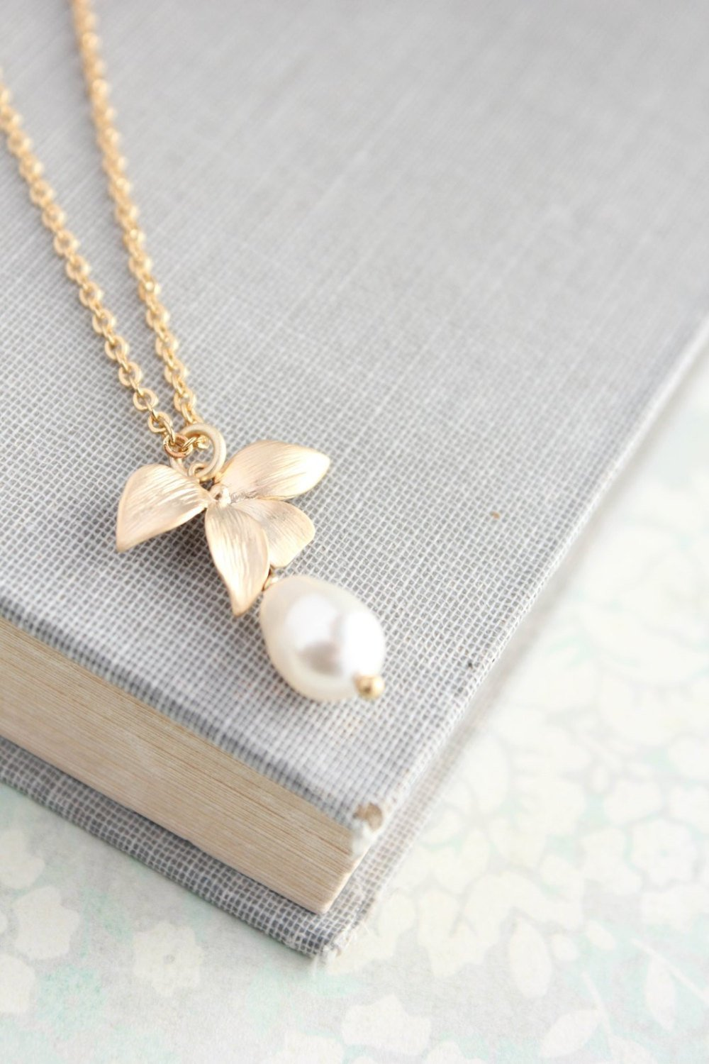 Bridemaids Jewelry - Orchid Pendant