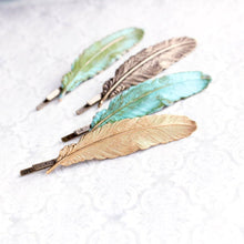 Load image into Gallery viewer, Verdigris Feather Bobby Pins - 2 pc