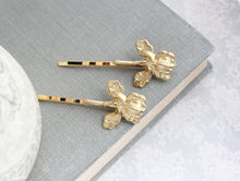 Load image into Gallery viewer, Iris Bobby Pins - Gold
