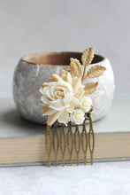 Load image into Gallery viewer, Cream and Gold Rose Comb - C1058