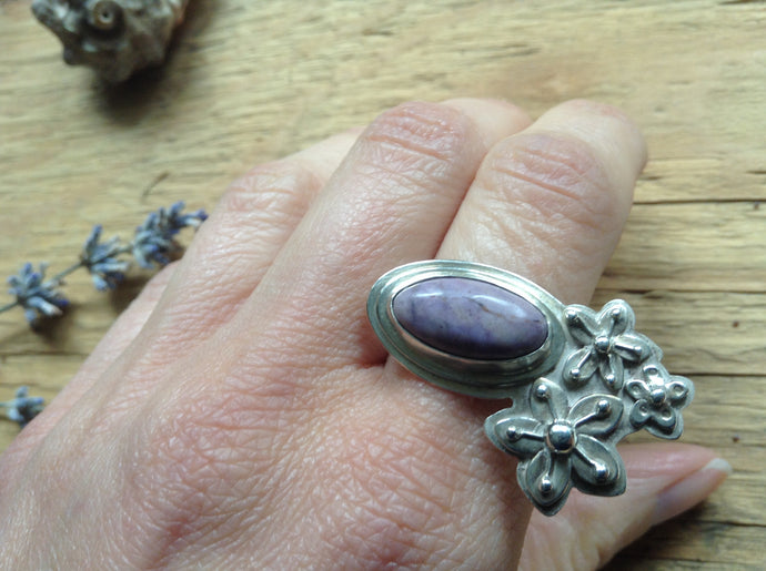 Blossom Ring Size 7.5