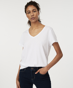 Lexington - Becka V-neck Tee