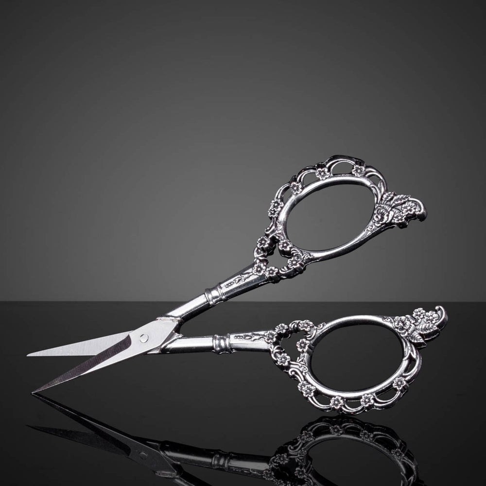 Antique nail art scissors - Silver