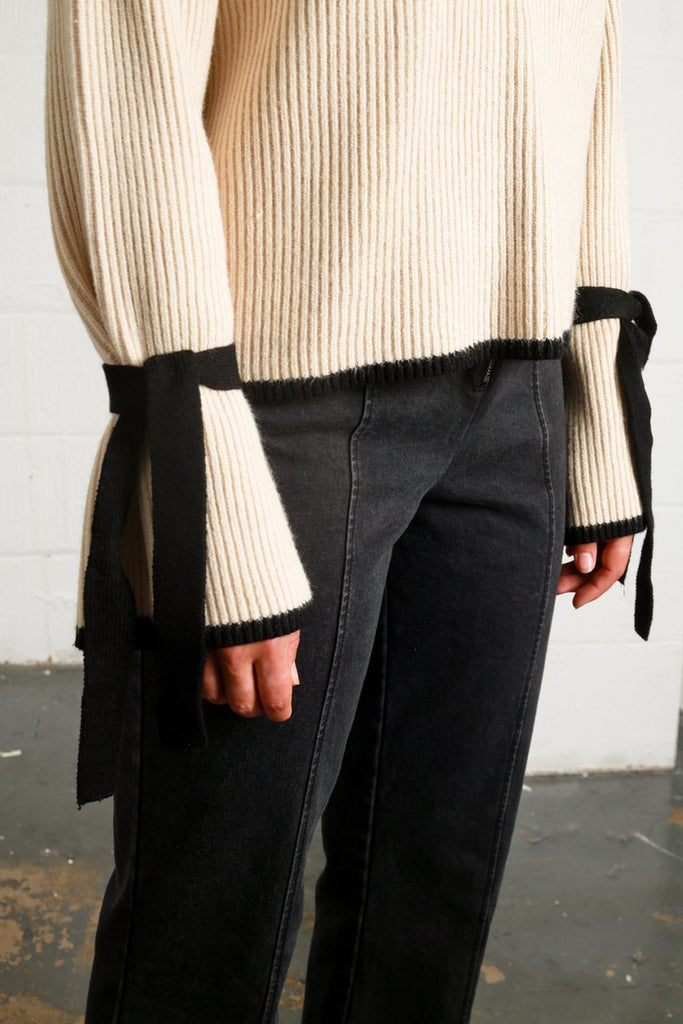 Yale knit off-white jumper