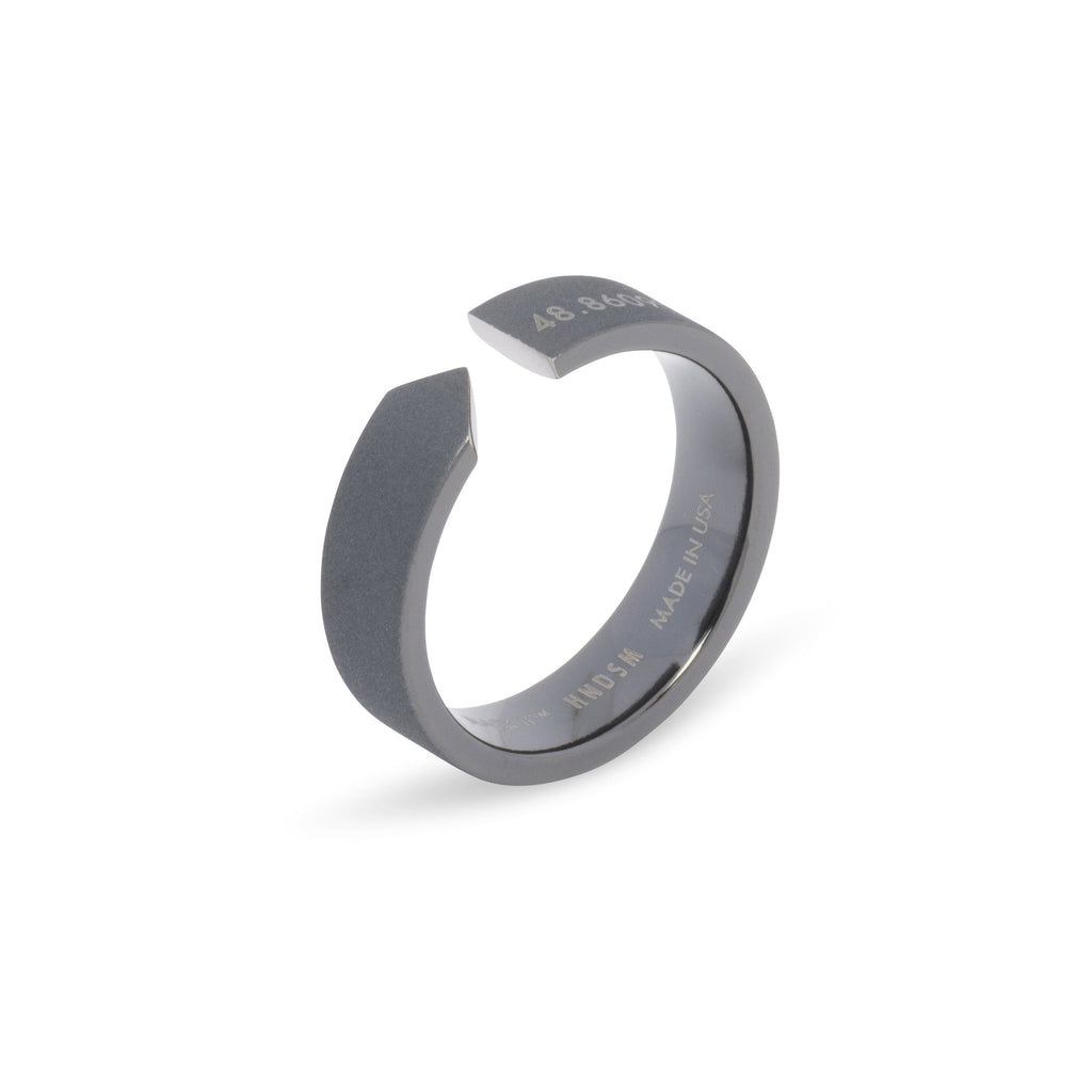 Paris Ring | Matte Black Titanium™