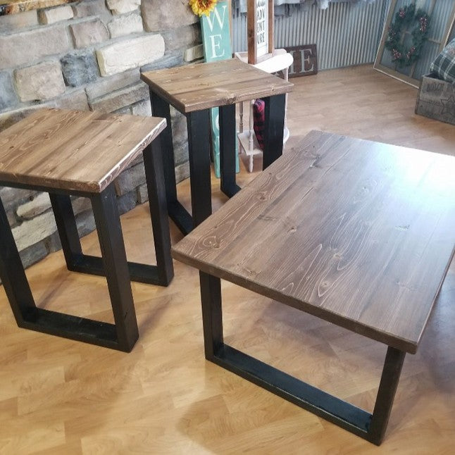 Pine Mountain Coffee Table Set