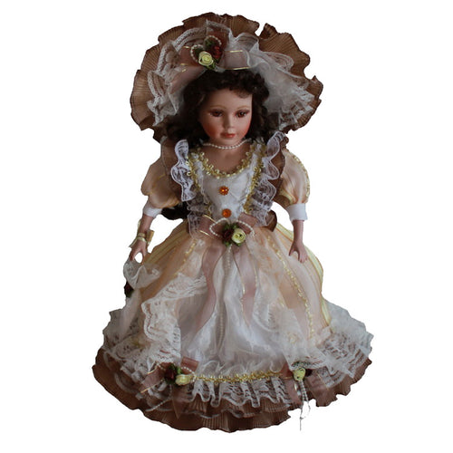 Beige Victoria Europe Ornaments  Figure Model Doll Toys Child Gift Cute Princess Europe Lace