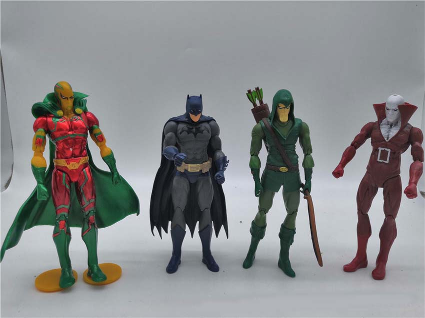 Justice League Ornaments  Figure Model Doll Toys Child Gift Cute Batman A set of 4 dolls