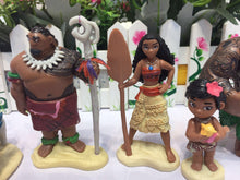 Load image into Gallery viewer, Moana Ornaments  Figure Model Doll Toys Child Gift Cute Disney Princess A set of 5 dolls.