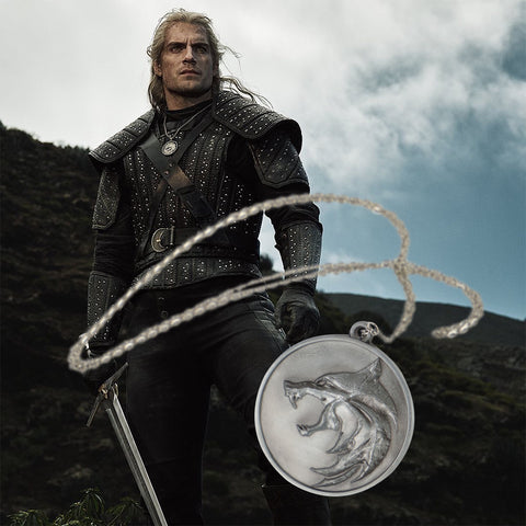 Cosplay The Witcher Wolf Head Necklace Geralt Chain Pendant Necklace Metal Cosplay Accessories Gift Props