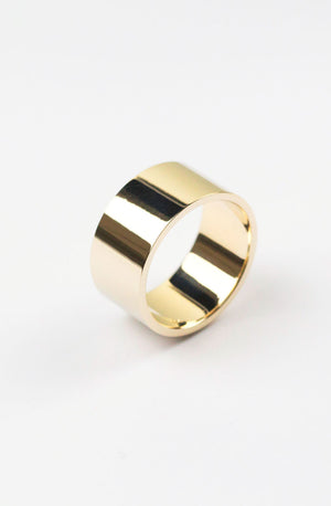 Bold Essential Ring