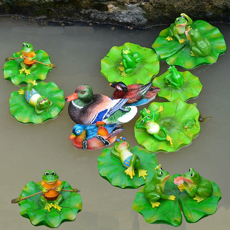 Creative Resin Floating Frogs Statue Outdoor Garden Pond