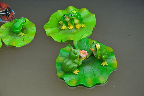 Image of Creative Resin Floating Frogs Statue Outdoor Garden Pond