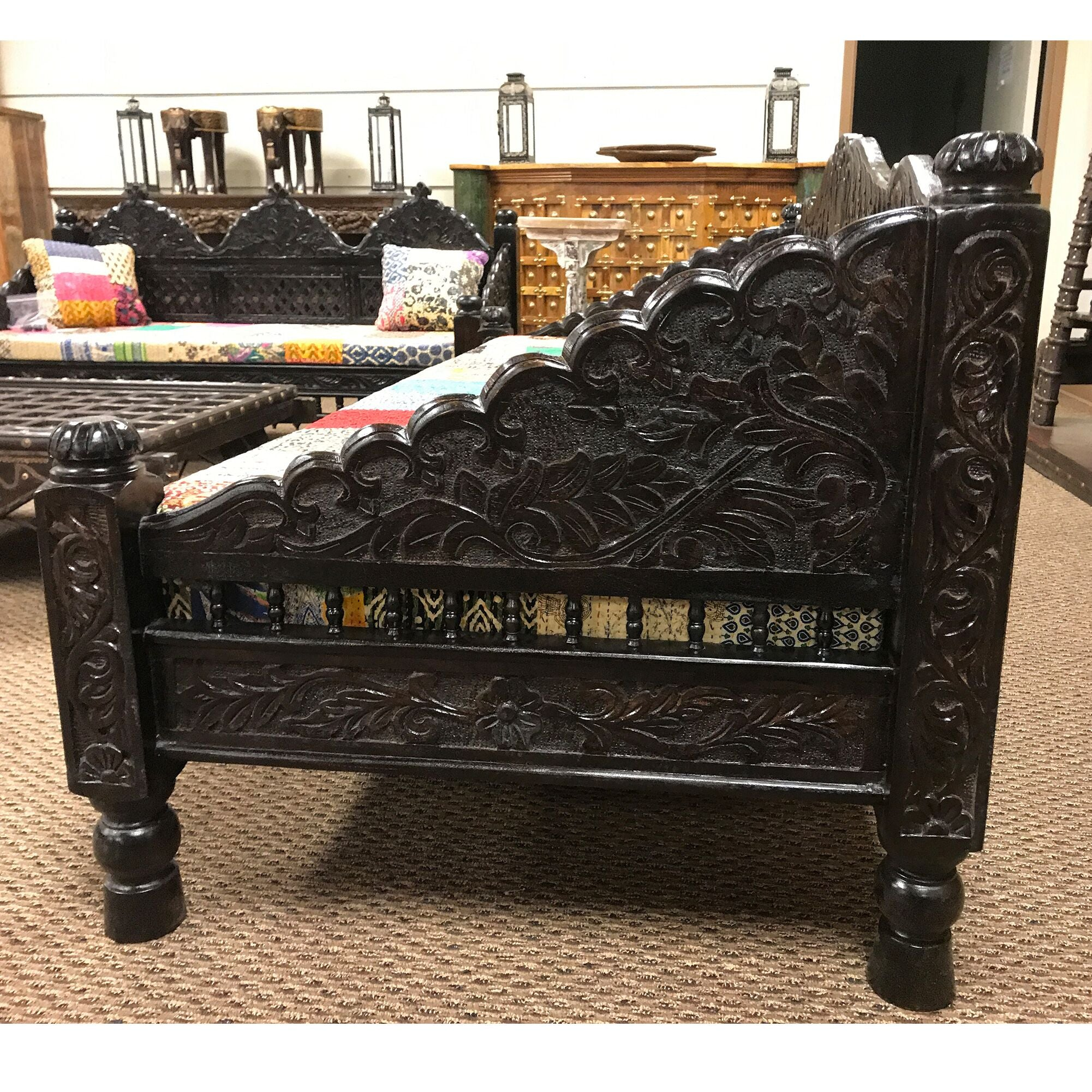 Wondrous Antique Rustic Ornate Bed Sofa Quilt Cushion And Cover Gmtry Best Dining Table And Chair Ideas Images Gmtryco