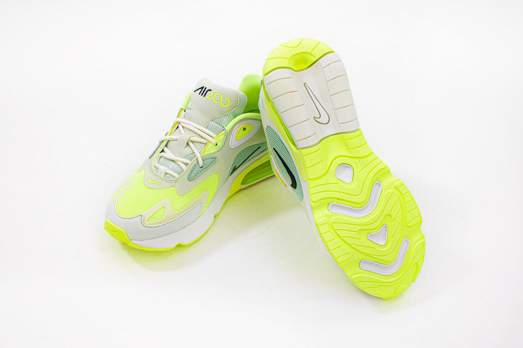CI3867-300 in white & neon-yellow