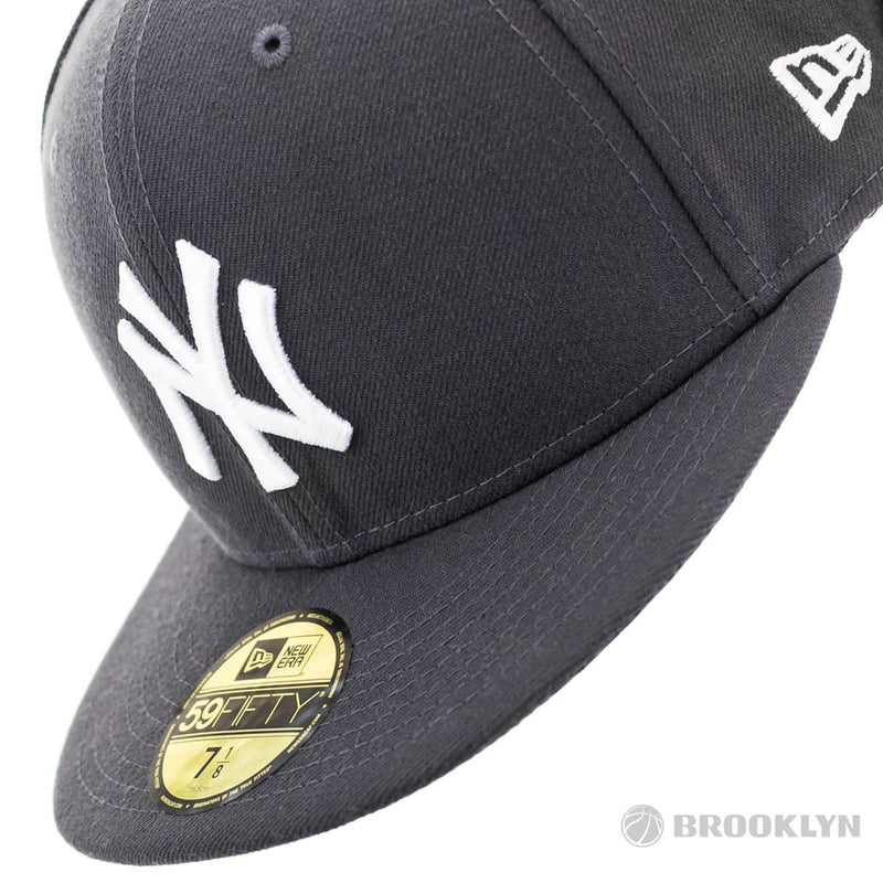 New Era New York Yankees 59Fifty MLB Season Basic Fitted Cap 10010761-