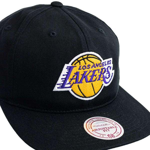 Mitchell & Ness Los Angeles Lakers NBA Team Logo Deadstock Throwback Snapback Cap 6LUSINTL462-LALBLCK-