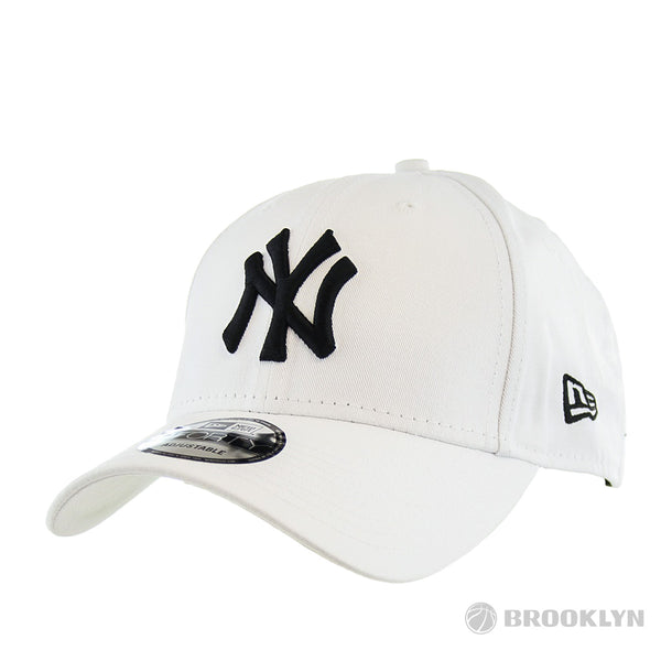 New Era 940 New York Yankees MLB League Basic Cap 10745455-