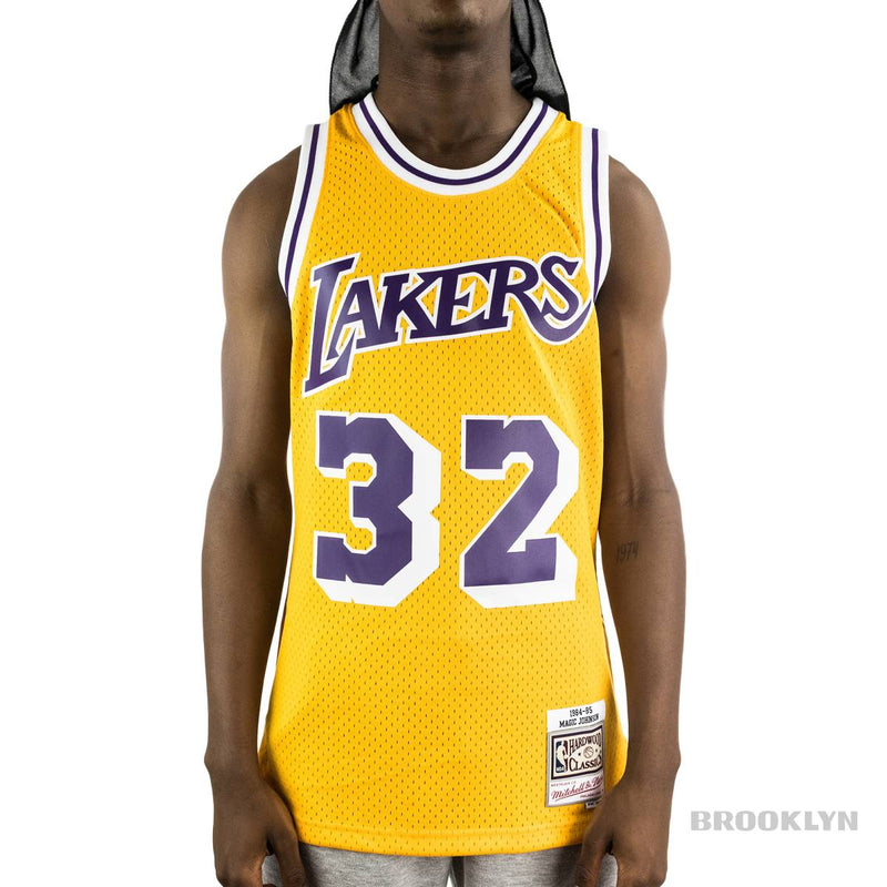 Mitchell & Ness Los Angeles Lakers Magic 32 Johnson NBA Swingman Jersey 2.0 Trikot SMJYGS18175-LALLTGD84EJH-