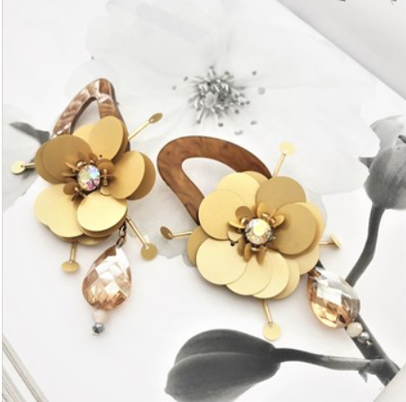 Florence floral earring