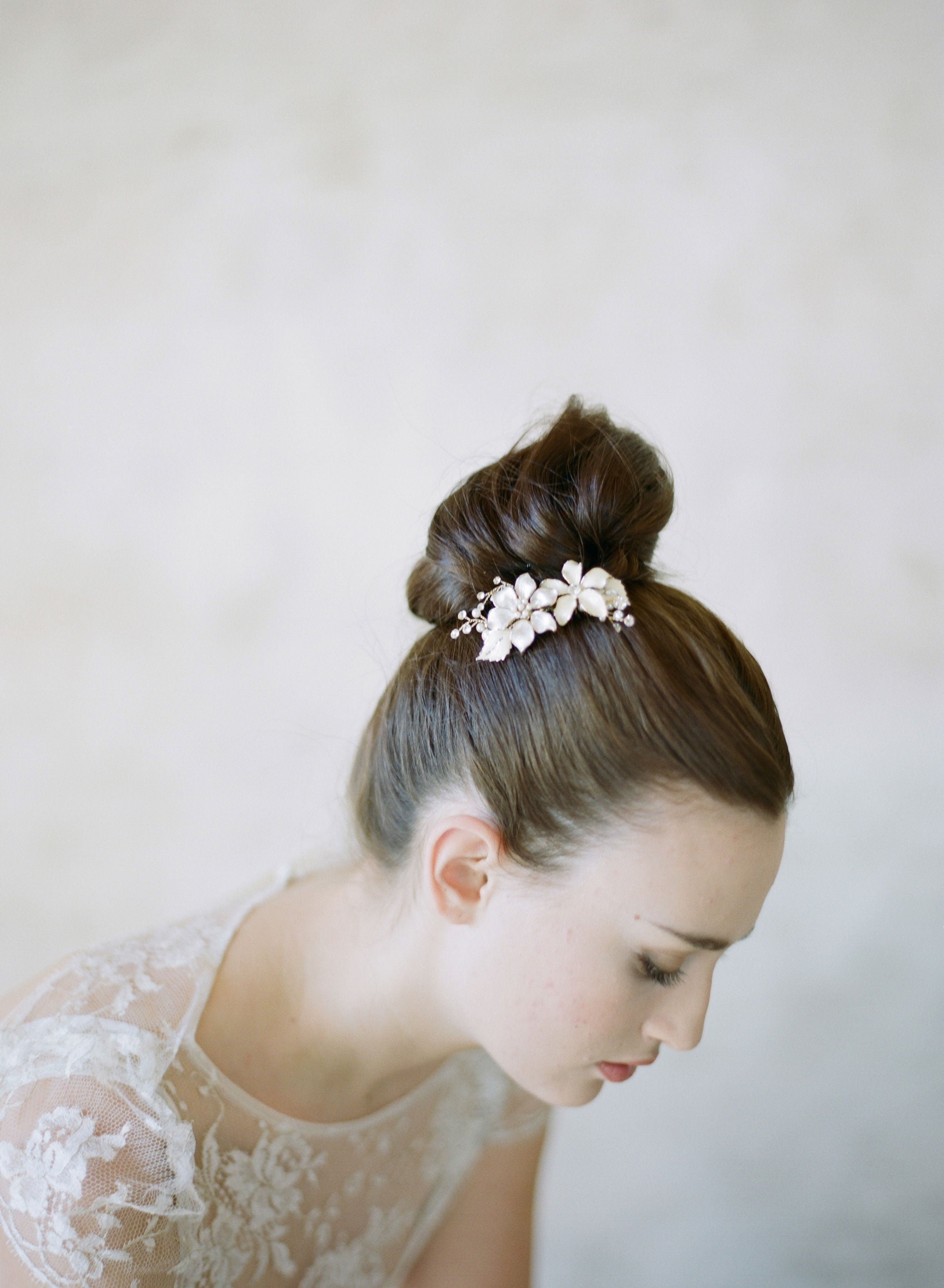 bridal garden hair combs, headpiece, floral combs, wedding hair flowers, twigs & honey